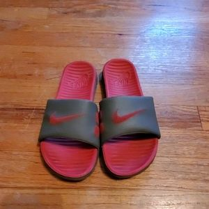 Nike Sandals. Red and gray.